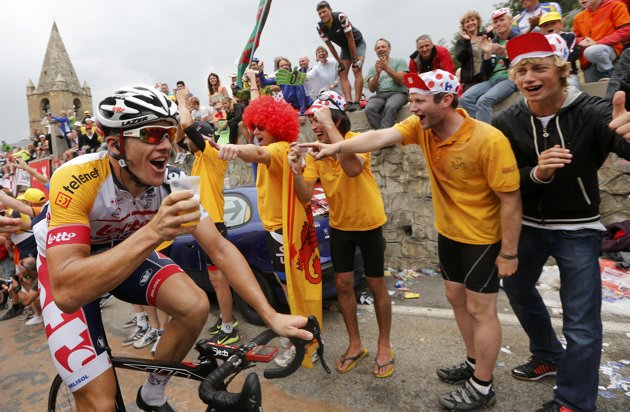 Adam Hansen on the Alpe d'Huez.