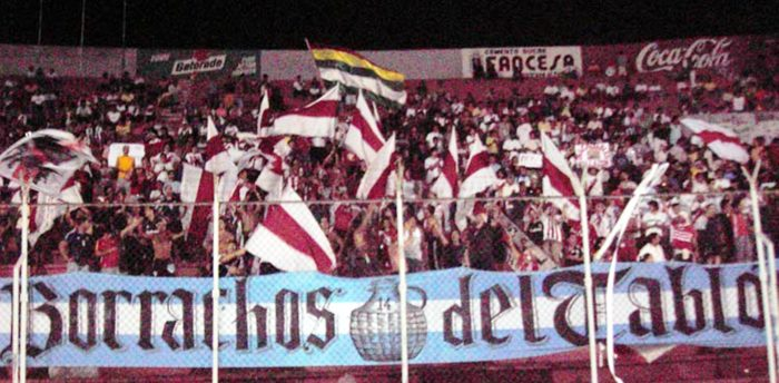 Another great banner by the River Plate fans.