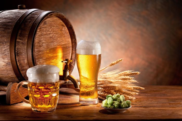 According to American scientists beer contains acids that fight cancer.